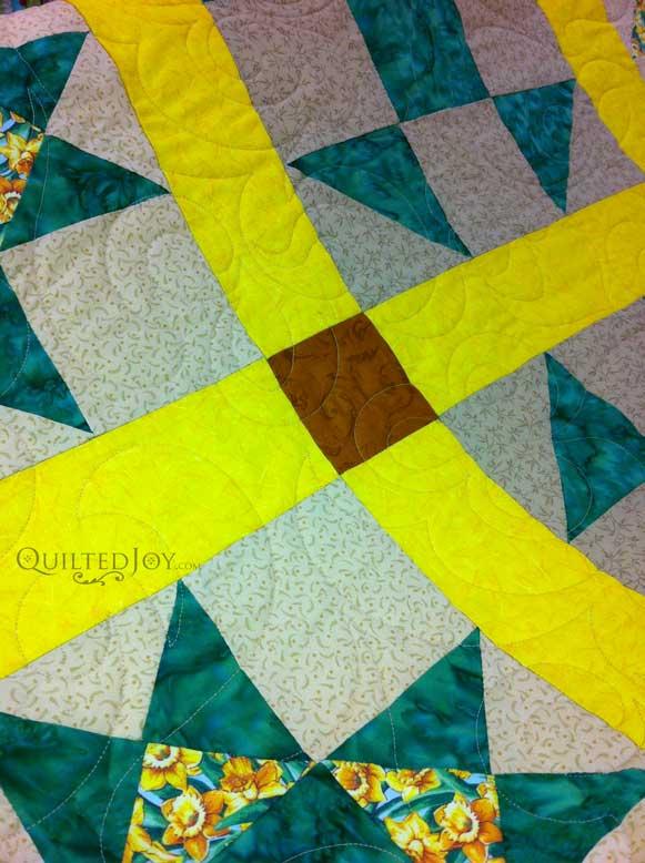 Ohio Star Quilt Closeup1