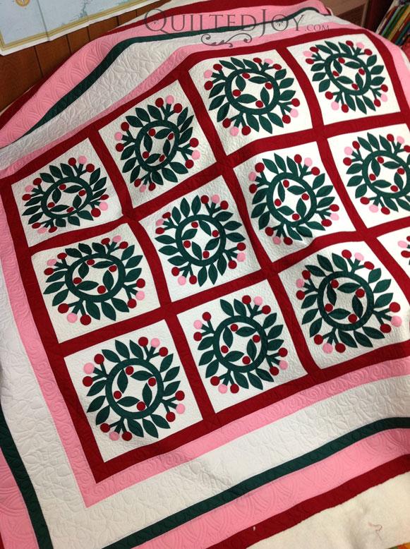 wreath applique quilt