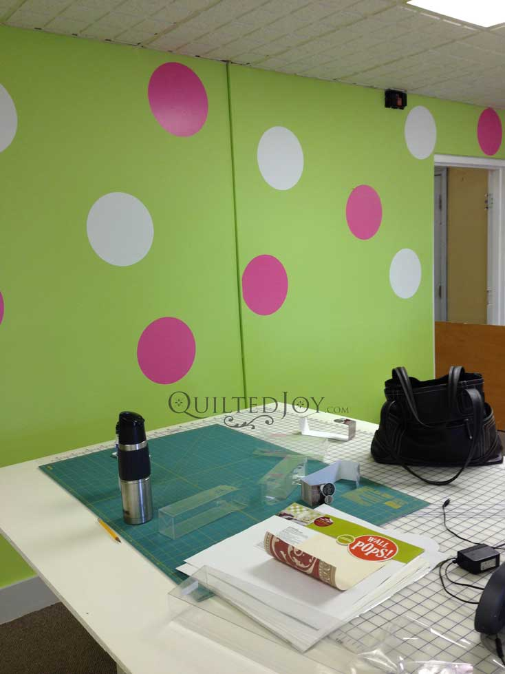 dots on focal wall
