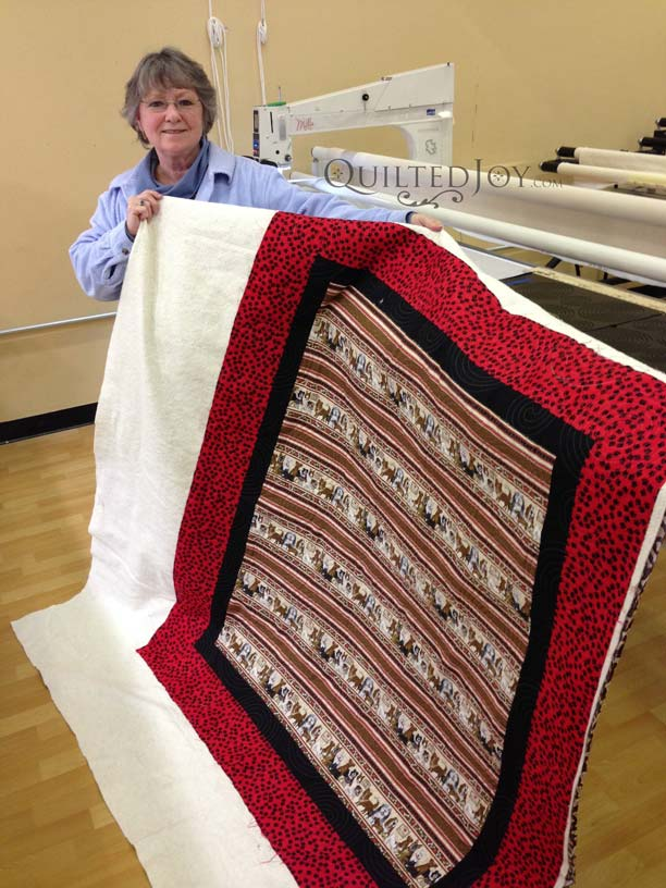 Dog Quilt on longarm quilting machine