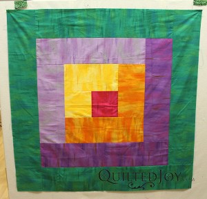 The Big Ass Borders Design Class will tackle how to quilt those huge borders!