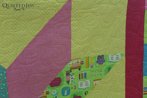 The Heart Fancy Paper Pantograph is a great design for a little girl's baby quilt - QuiltedJoy.com
