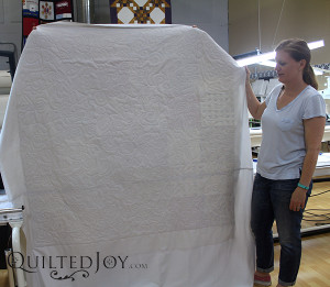 Erin free motion quilted all of her quilt, and the back really shows it off!