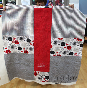 Carol's Lig-A-Lag quilt, quilted during a longarm rental at Quilted Joy