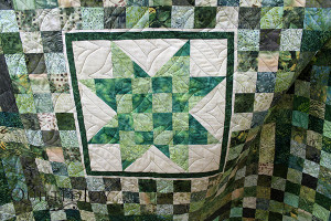 The Square Spiral Pantograph looks amazing on Jane's quilt!