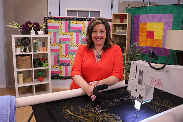 Longarm Quilter Angela Huffman on the set of her new online longarm course