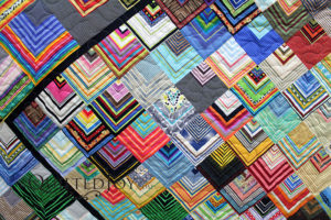 Stripes Quilt with custom quilting