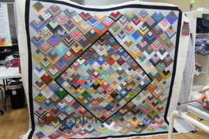 Stripes Quilt custom quilting