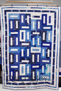Snowy Walk in the Park Quilt
