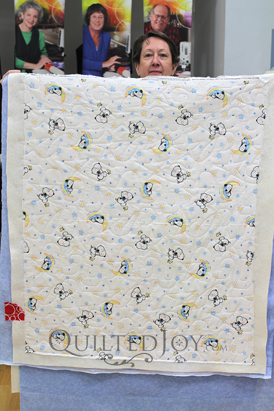 For her rental certification class, Susan brought in simple yardage to practice longarm quilting with.