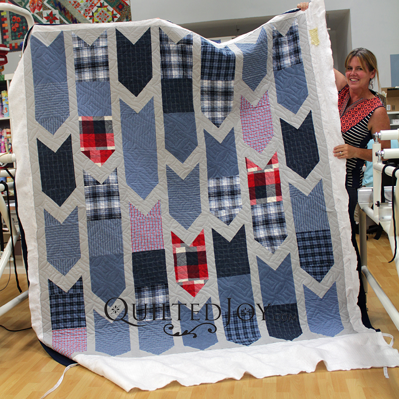 Amanda's arrows quilt is the perfect pattern for a young boy's quilt!