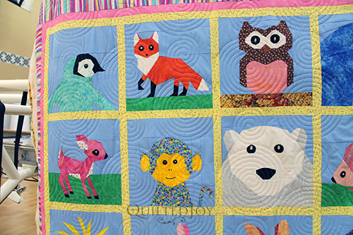 Debbie's paper pieced Animals quilt with blocks from Quiet Play Designs