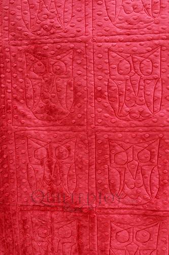 cdcrimson Shannon Fabrics Cuddle Dimple Crimson, quilted