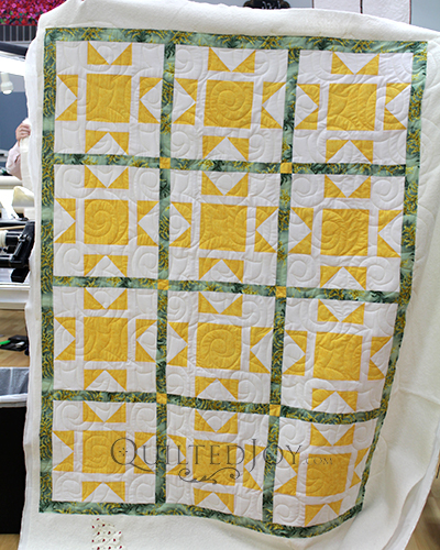 Linda's North Star Quilt, quilted at Quilted Joy