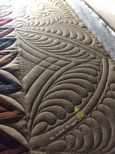 Learn How to Custom Quilt and How to Quilt Borders in this Longarm Quilting Class from Linda Hrcka of the Quilted Pineapple