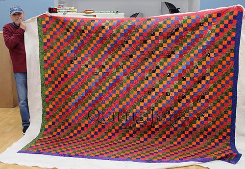Longarm Rental Dennis Diagonal Stripe Quilt