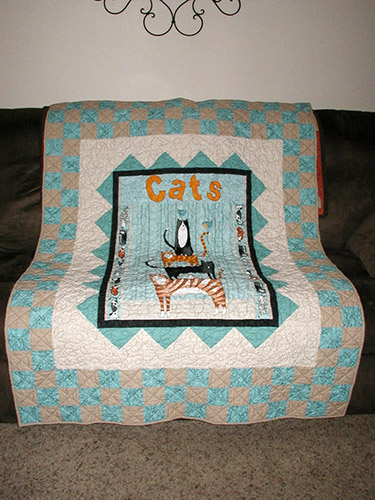 Gail's Cats Panel Quit after she quilted it