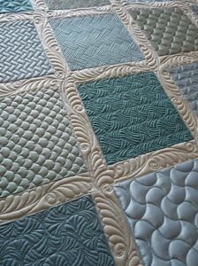 Margaret Solomon Gunn - Beautiful Backgrounds - Grid Based Fills Machine Quilting Class