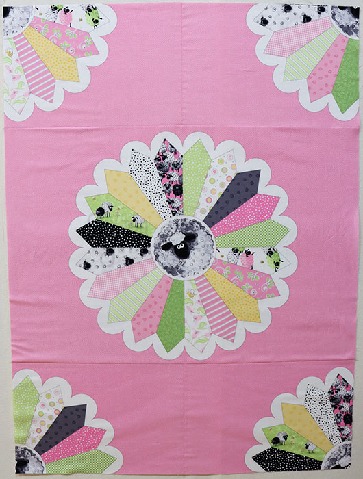 Lal the Lamb Dresden Plate Susybee Panels Quilt